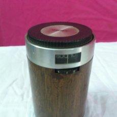 Radios antiguas: RADIO TRANSISTOR VINTAGE SONY R-1829 FUNCIONANDO. Lote 44429525