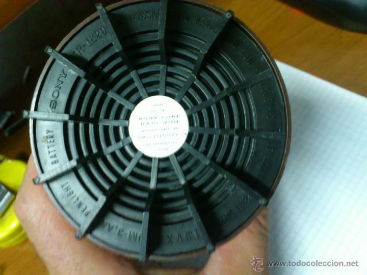 Radios antiguas: RADIO TRANSISTOR VINTAGE SONY R-1829 FUNCIONANDO - Foto 6 - 44429525