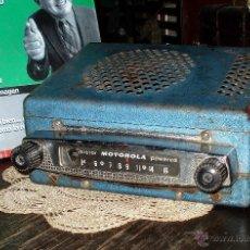 Radios antiguas: VINTAGE AUTO RADIO ORIGINAL MOTOROLA 397X TRUCK - MADE IN USA - CIRCA 1950 AM RADIO TRANSISTOR 1958. Lote 45017625