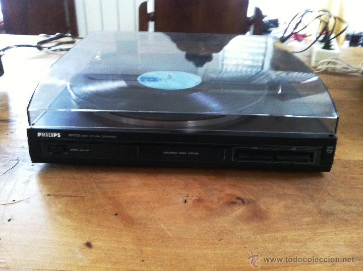 Tocadiscos Philips FP772 Auto Return Turntable.Speed: 33 y 45 r.m. REVISADO AGUJA NUEVA VER VIDEO segunda mano