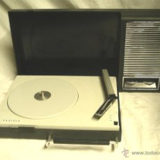 Radios antiguas: TOCADISCOS RADIOLA RED PILAS 30 GF 110, AÑOS 70. MED. 40 X 22 X 8 CM. Lote 45887797