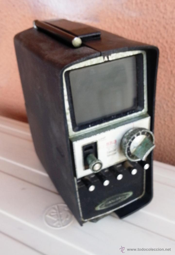 TELEVISOR PORTATIL STANDARD SR3 - TRANSISTOR TELEVISION (Radios, Gramófonos, Grabadoras y Otros - Transistores, Pick-ups y Otros)