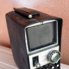 Radios antiguas: TELEVISOR PORTATIL STANDARD SR3 - TRANSISTOR TELEVISION. Lote 47156658
