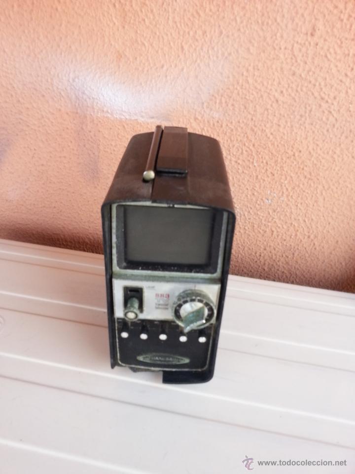 Radios antiguas: TELEVISOR PORTATIL STANDARD SR3 - TRANSISTOR TELEVISION - Foto 2 - 47156658