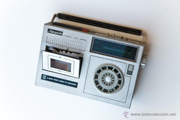 Radios antiguas: LOTE RADIOS Y RADIO CASSETES. ROTOS - Foto 2 - 114354814