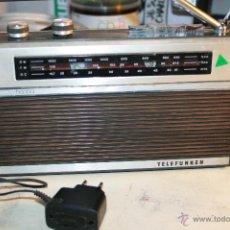 Radios antiguas: RADIO TRANSISTOR TELEFUNKEN HARPA CON FM FUNCIONANDO VER FOTOS Y VIDEO. Lote 47249685