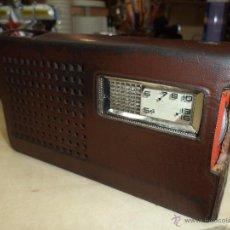 Radios antiguas: TRANSISTOR DE ONDA MEDIA NATIONAL DE 1962. Lote 47759683