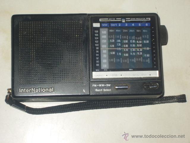RADIO TRANSISTOR INTERNACIONAL.FUNCIONANDO. (Radios, Gramófonos, Grabadoras y Otros - Transistores, Pick-ups y Otros)