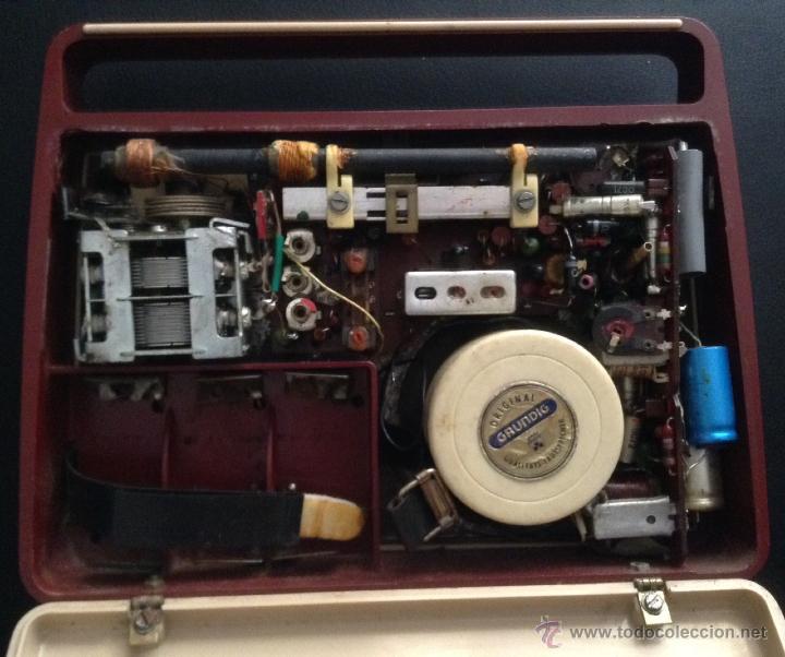 Radios antiguas: preciosa radio portatil años 60 vintage grundig z nr 1084 - Foto 4 - 48110917