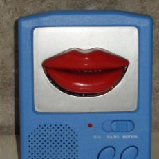 Radios antiguas: VINTAGE.RADIO JUVENIL,AÑOS 70. Lote 143877566