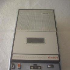 Radios antiguas: CASSETTE GRABADORA REPRODUCTORA PHILIPS N2202. Lote 50499179