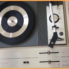 Radios antiguas: TOCADISCOS FARO 331 DELUXE, CON ALTAVOZ INTEGRADO. NUEVO.. Lote 52915371
