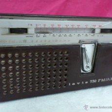 Radios antiguas: RADIO TRANSISTOR MARCA LAVIS MODELO 750 CON FUNDA ORIGINAL INCLUIDA. NO SÉ SI FUNCIONA. Lote 51247717