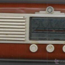 Radios antiguas: RADIO DE LA COLECCIÓN RADIOS DE ANTAÑO MODELO WATT RADIO WR115 FUNCIONANDO PERFECTAMENTE. Lote 58406456