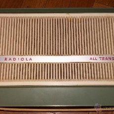 Radios antiguas: TOCADISCOS RADIOLA PORTATIL. Lote 51747360