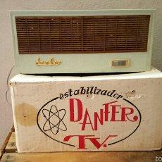 Radios antiguas: VINTAGE, ESTABILIZADOR DE TENSION PARA TV, MARCA DANFER, NUEVO Y EN SU CAJA ORIGINAL!. Lote 147755598