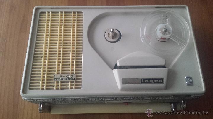 MAGNETOFÓN INGRA TR-65. CON TOMA DE CORRIENTE ORIGINAL Y MICROFONO. (Radios, Gramófonos, Grabadoras y Otros - Transistores, Pick-ups y Otros)