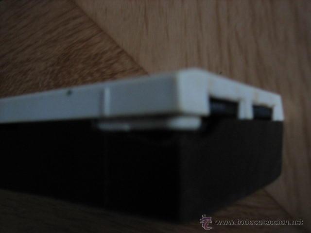 Radios antiguas: Pequeño transistor con reloj marca Waltham Standard - Foto 7 - 44736970