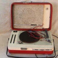 Radios antiguas: TOCADISCOS COSMO 1800. Lote 53538457