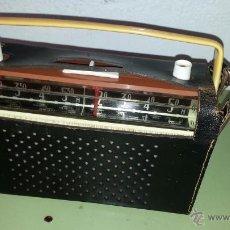 Radios antiguas: RADIO TRANSISTOR UNIVERSAL ALL TRANSISTOR. Lote 53753319