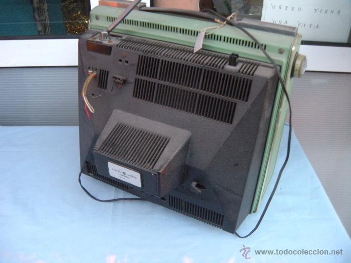Radios antiguas: TELEVISOR PORTATIL GENERAL ELECTRICA ESPAÑOLA - Foto 3 - 53809960