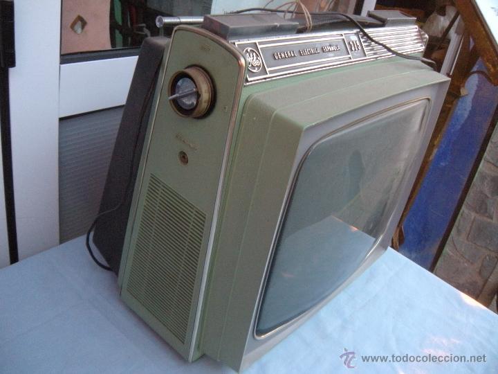 Radios antiguas: TELEVISOR PORTATIL GENERAL ELECTRICA ESPAÑOLA - Foto 6 - 53809960