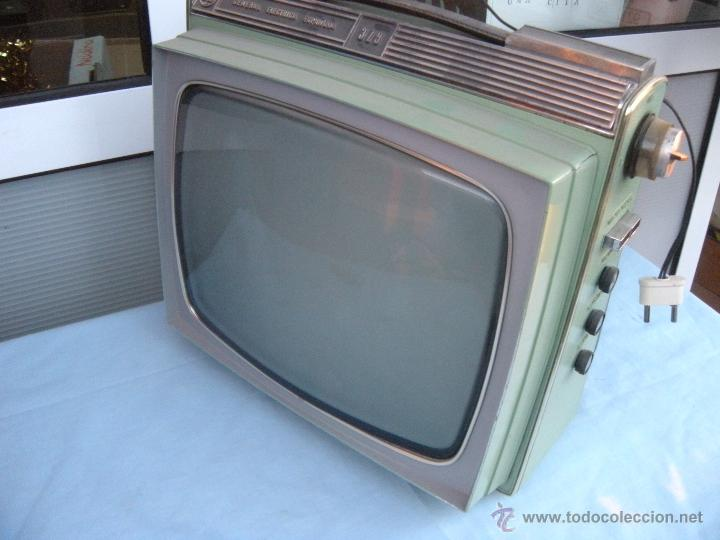 Radios antiguas: TELEVISOR PORTATIL GENERAL ELECTRICA ESPAÑOLA - Foto 8 - 53809960