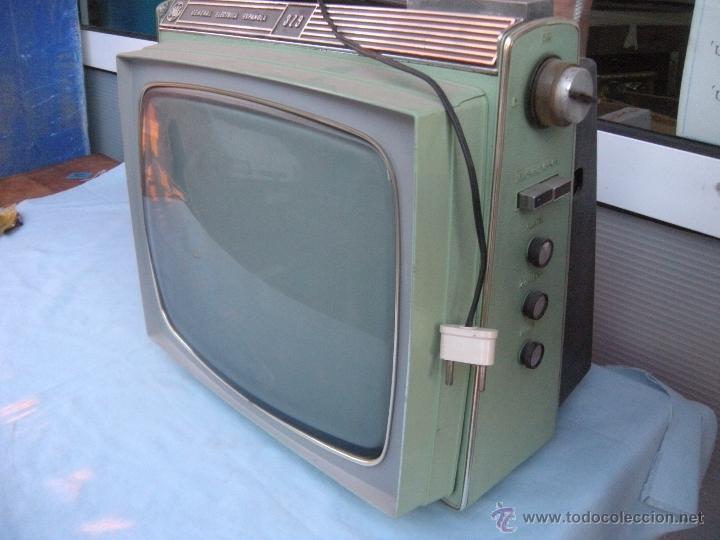 Radios antiguas: TELEVISOR PORTATIL GENERAL ELECTRICA ESPAÑOLA - Foto 9 - 53809960