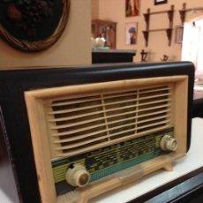 Radios antiguas: ANTIGUA RADIO AÑOS 40. Lote 55131410