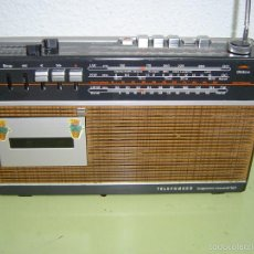 Radios antiguas: RADIO TELEFUNKEN BAJAZZO RECORD 101. Lote 55268400