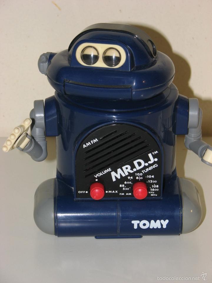 ROBOT TRANSISTOR TOMY (Radios, Gramófonos, Grabadoras y Otros - Transistores, Pick-ups y Otros)