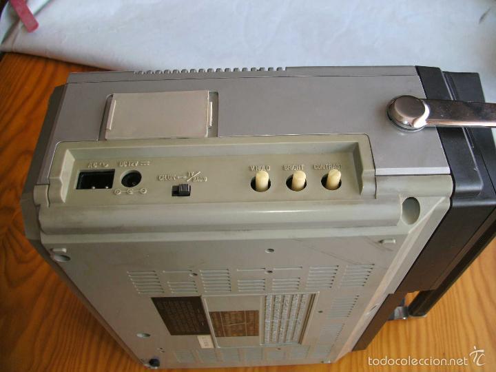 Radios antiguas: Transistor TV & FM/AM 2-Band Radio 5TV-67 r - Foto 5 - 56005550
