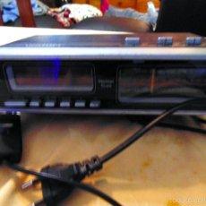 Radios antiguas: RADIO DESPERTADOR MARCA - VHOOM - MODELO AÑOS 80. PERFECTO ESTADO.. Lote 56658175