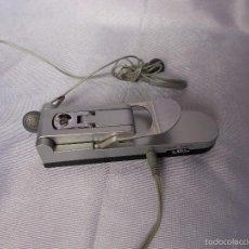 Radios antiguas: RADIO CON PINZA PARA FIJAR A LA ROPA. Lote 56982986