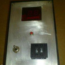 Radios antiguas: TEMPORIZADOR DIGITAL A RELE 8A ARTESANO. Lote 57534786