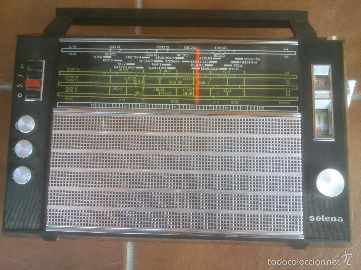 RADIO MULTIBANDAS SELENA UNION SOVIETICA (Radios, Gramófonos, Grabadoras y Otros - Transistores, Pick-ups y Otros)