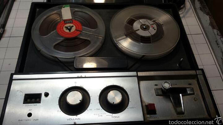 ANTIGUO GRABADOR DE CINTA MAGNÉTICA AÑOS 50 (Radios, Gramófonos, Grabadoras y Otros - Transistores, Pick-ups y Otros)