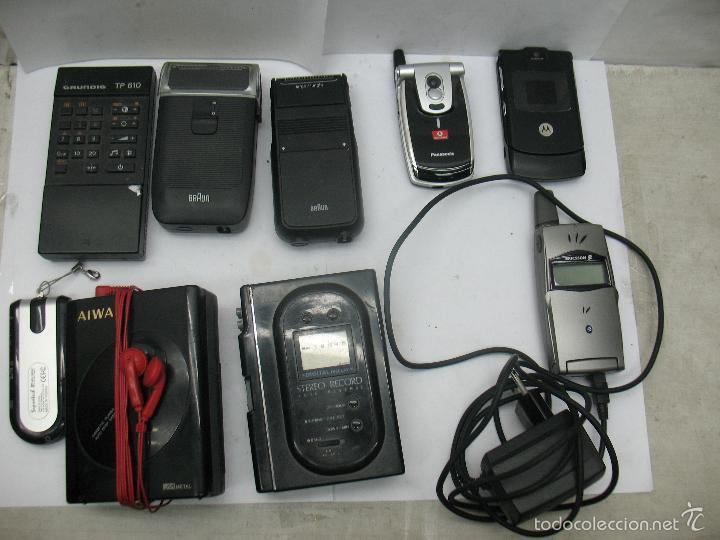 LOTE DE 3 MÓVILES 2 MÁQUINAS ELÉCTRICAS DE AFEITAR 1 MANDO 1 RADIO (Radios, Gramófonos, Grabadoras y Otros - Transistores, Pick-ups y Otros)