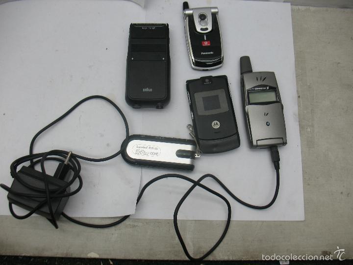 Radios antiguas: Lote de 3 móviles 2 máquinas eléctricas de afeitar 1 mando 1 radio - Foto 2 - 59256025