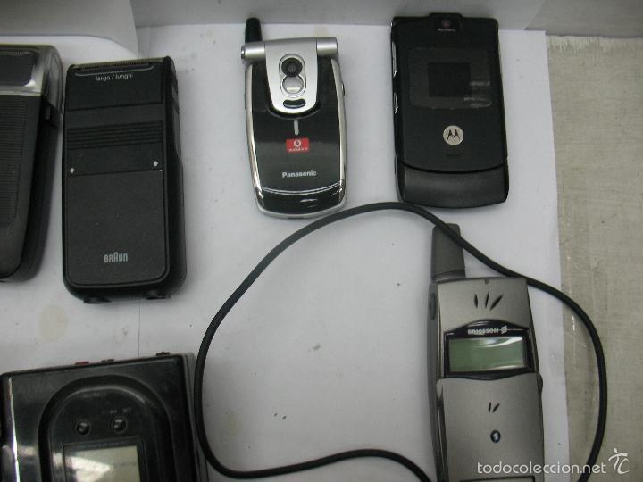 Radios antiguas: Lote de 3 móviles 2 máquinas eléctricas de afeitar 1 mando 1 radio - Foto 4 - 59256025