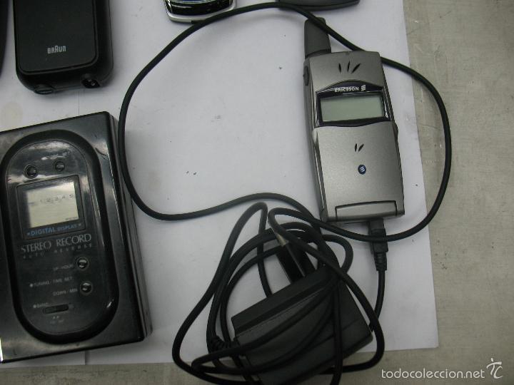 Radios antiguas: Lote de 3 móviles 2 máquinas eléctricas de afeitar 1 mando 1 radio - Foto 6 - 59256025