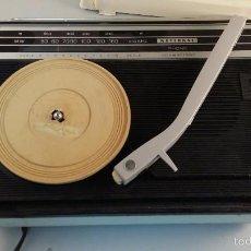 Radios antiguas: TOCADISCOS PICKUP Y RADIO NATIONAL. FUNCIONAMIENTO EN GENERAL REGULAR A MALO.. Lote 61183219
