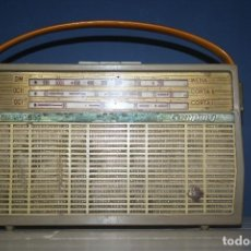 Radios antiguas: ANTIGUA RADIO TELEFUNKEN MODELO CAMPING - AÑOS 60. Lote 62020264