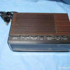 Radios antiguas: TRANSISTOR ANTIGUO SANYO PM AUTO MODELO NO.RM5100 CREO TAMBIEN ALARMA. Lote 63411312