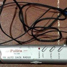Rádios antigos: RADIO TRANSISTOR FM AUTO SCAN CON LINTERNA Y CON AURICULARES. Lote 162822644