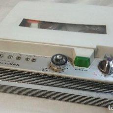 Radios antiguas: ANTIGUO GRABADOR DE 8 MM CROWNCORDER,PARA REPARAR O PIEZAS. Lote 68072997