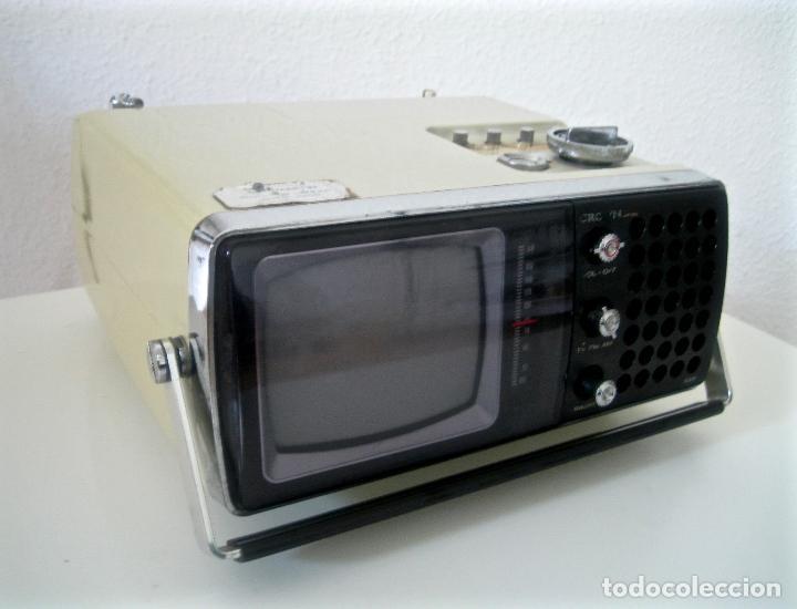 ANTIGUA TELEVISIÓN - RADIO PORTATIL - SIN PROBAR (Radios, Gramófonos, Grabadoras y Otros - Transistores, Pick-ups y Otros)
