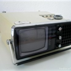Radios antiguas: MINI RADIO-TELEVISIÓN PORTATIL · SIN PROBAR ·. Lote 197155441