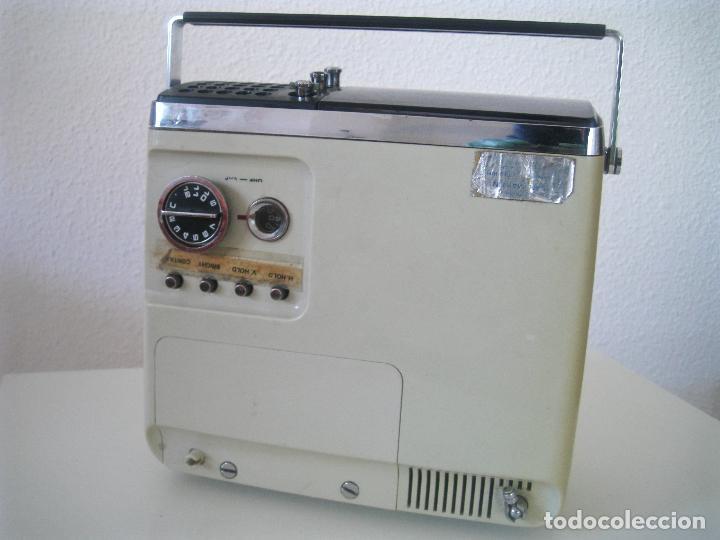 Radios antiguas: ANTIGUA TELEVISIÓN - RADIO PORTATIL - SIN PROBAR - Foto 14 - 68174057