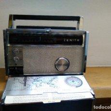 Radios antiguas: RADIO RECEPTOR AMERICANO ZEHITH 3000. Lote 68530273